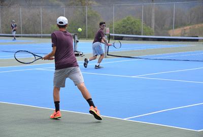 Tennis small.fw